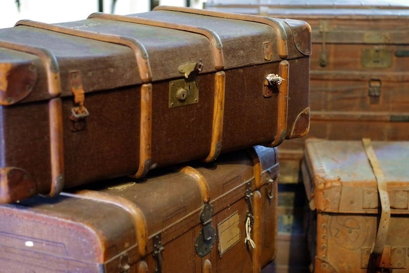 Minimalist Moving - Benefits and Strategies
